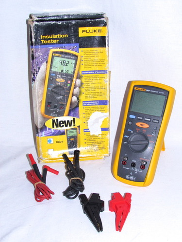 Fluke 1507 insulation tester service Manual