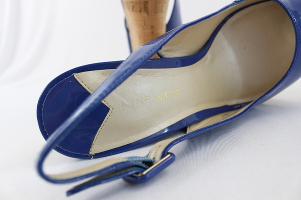 3191eecf4c406 Nine West blue patent leather slingback heel  Buckle closure  Peep toe ...