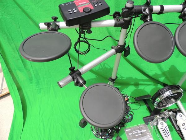 yamaha electronic drum pad set dtlk9 trigger module dtxplorer stand alesis pad. Black Bedroom Furniture Sets. Home Design Ideas