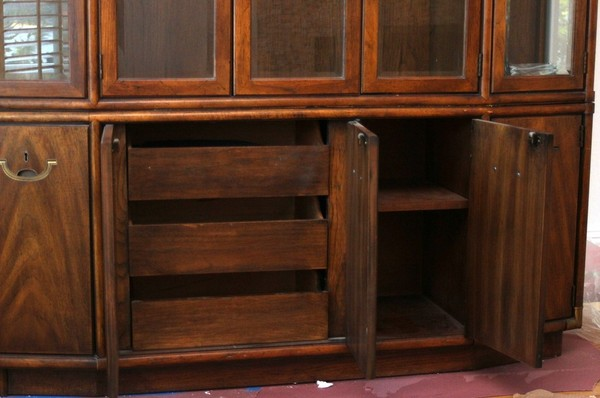 Vintage Drexel Mid Century Solid Pecan Hutch China