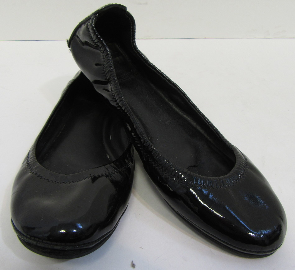 e3d8a503a22d72 TORY BURCH Black Patent Leather Eddie Flats w  Tory Burch Logo on Heel Size  6.5