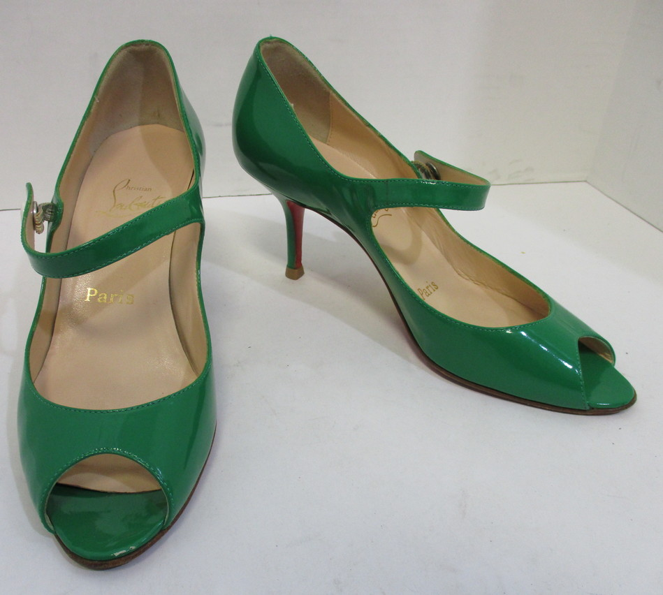 8fb828e9656 CHRISTIAN LOUBOUTIN green patent leather peep toe mary jane pumps 37 ...