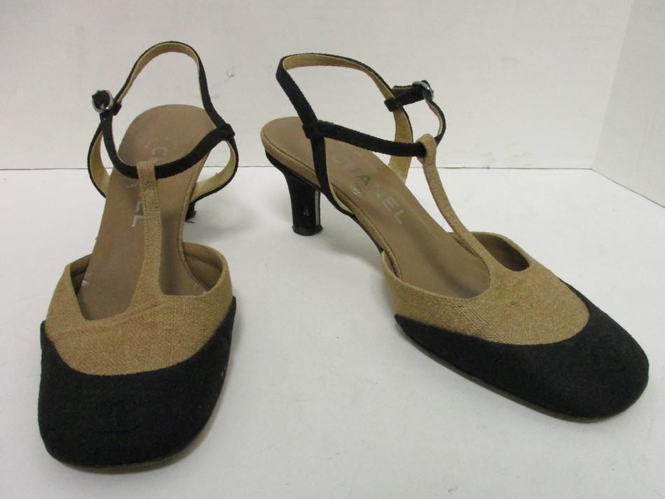 56a4354c21 CHANEL beige & black canvas CC logo cap toe T- strap pumps sz EU 37 ...