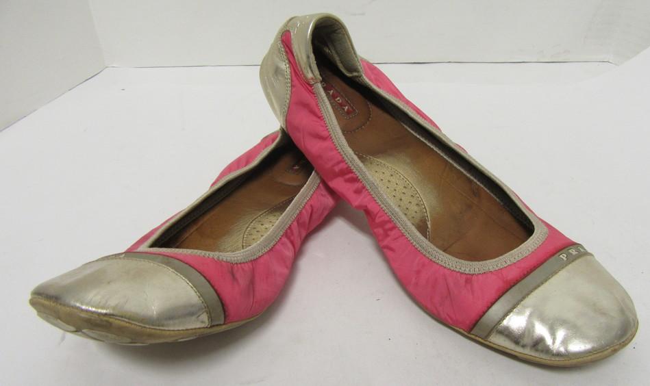 26065ca3f84 PRADA Hot Pink and Gold Cap-Toe Scrunch Flats Size 39 | eBay