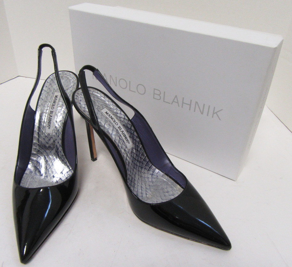 a877bf772c9 MANOLO BLAHNIK Black Patent Leather Pointed Slingback Pumps Size 40 ...