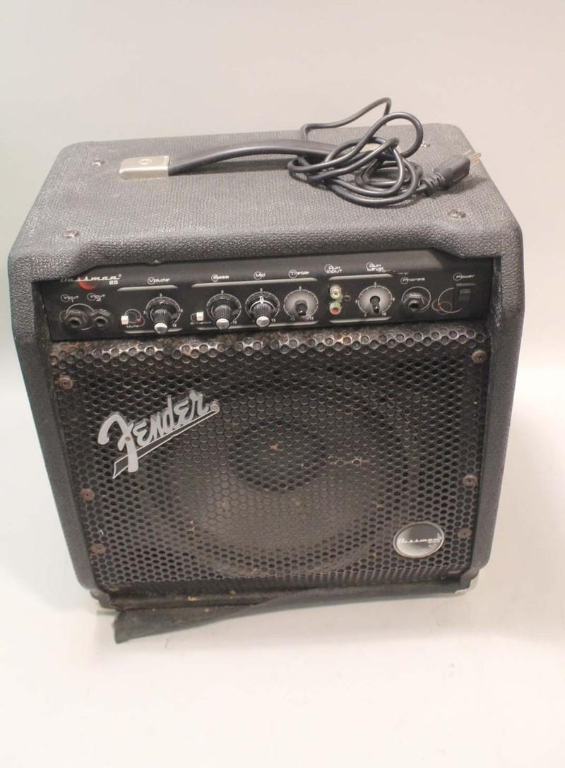 fender bassman 25 guitar amp amplifier heavily used ebay. Black Bedroom Furniture Sets. Home Design Ideas