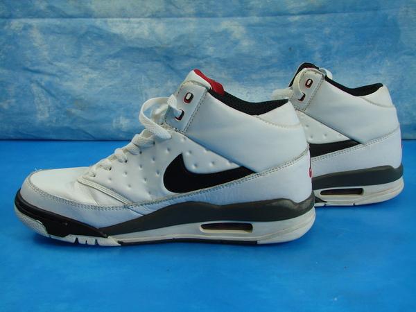 Details about Nike Air Flight Classic Sz 8.5 WhiteBlack Varsity Red 414967 105