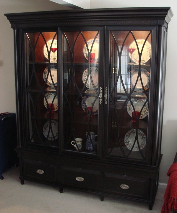 aspenhome young classics glass solid wood curio cabinet lighted 21x72x82 euc ebay. Black Bedroom Furniture Sets. Home Design Ideas