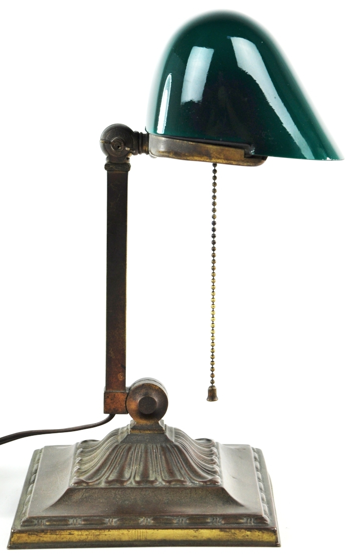 antique bankers lamp green cased glass shade emeralite no 8734 desk light table ebay. Black Bedroom Furniture Sets. Home Design Ideas