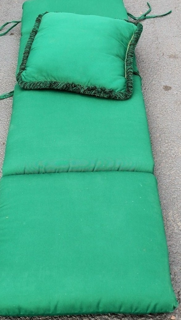 Deluxe Outdoor Chaise Lounge Chair Cushion Hunter Green W