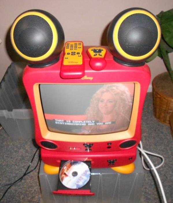 CHILDREN'S WALT DISNEY MICKEY MOUSE TV TELEVISION W/ DVD