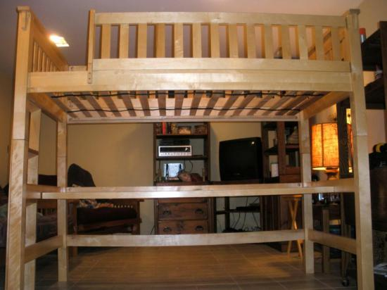 Wooden Childs College Dorm Twin Size Loft Bunk Bed W