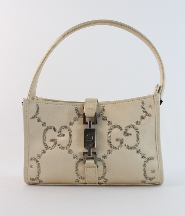 Champagne Region Interior Design Traditional Rustic: GUCCI BEIGE CHAMPAGNE SATIN SILVER LOGO EVENING BAG