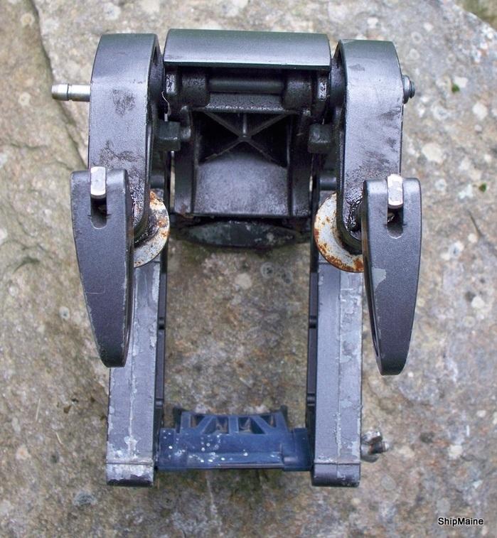 Johnson evinrude 2 3 hp outboard motor swivel bracket for Outboard motor brackets for sale