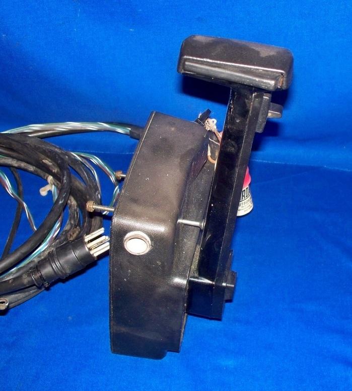 Mercury Quicksilver Outboard Motor Control Box W   Tilt